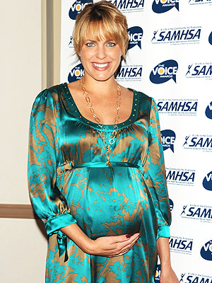 Arianne Zucker Bumps It Up Moms Amp Babies Celebrity