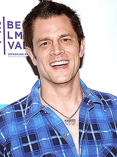 johnny knoxville ray ban