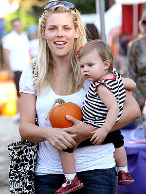 MISSION ACCOMPLISHED photo | Busy Philipps