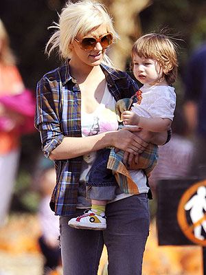 MOMMY & ME photo | Christina Aguilera