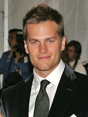 http://img2.timeinc.net/people/i/2009/database/tombrady/tom_brady300.jpg