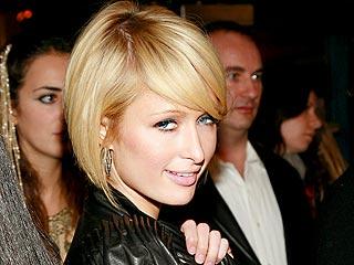 Paris Causes a Photo Frenzy – in the Ladies' Room! | Paris Hilton