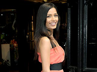 Slumdog's Freida Pinto Gets a Round of Applause at Koi | Freida Pinto