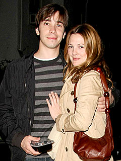 Couples Watch: Drew Barrymore & Justin Long, Reese & Jake . . . | Drew Barrymore, Justin Long
