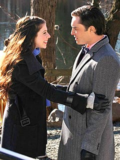FIRST PHOTO: Michelle Trachtenberg Returns to Gossip Girl