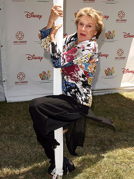  photo | Cloris Leachman