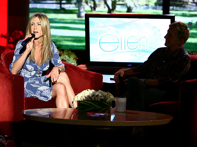photo | Ellen DeGeneres, Jennifer Aniston