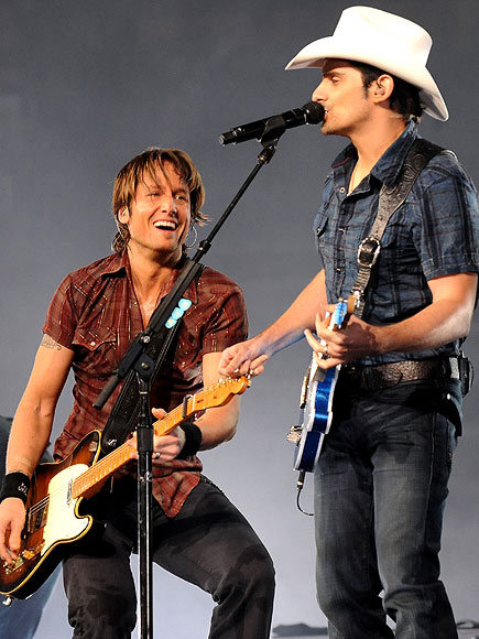 photo | Brad Paisley, Keith Urban