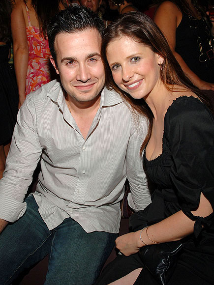 photo | Freddie Prinze Jr., Sarah Michelle Gellar