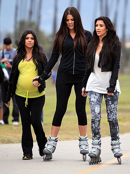 KHLOE, KOURTNEY & KIM KARDASHIAN photo | Kim Kardashian
