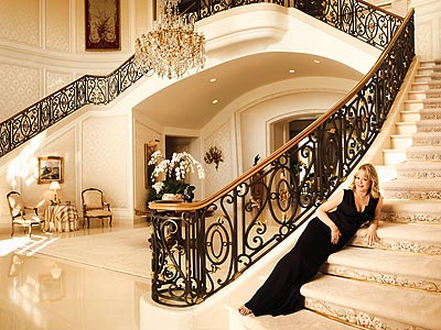 THE ENTRYWAY photo | Candy Spelling