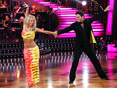 THE SALSA photo | Julianne Hough