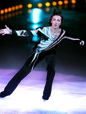 http://img2.timeinc.net/people/i/2009/galleries/dwtscandidates/johnny_weir.jpg