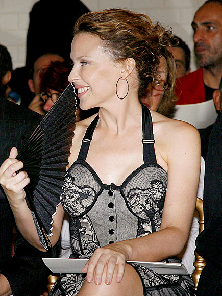 FRENCH FASHIONISTA  photo | Kylie Minogue