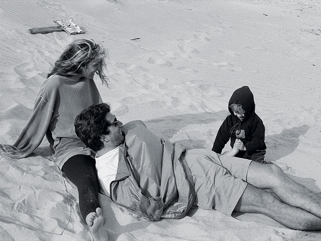 A DAY AT THE BEACH photo | Carolyn Bessette Kennedy, John F. Kennedy Jr.