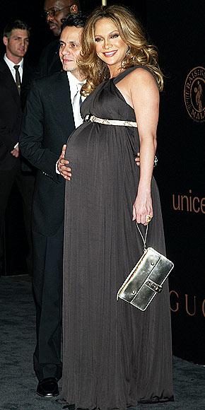DOUBLE DELIGHT photo | Jennifer Lopez
