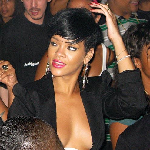 STARRY NIGHT photo   Rihanna