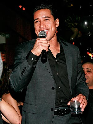 SWINGING NIGHT photo | Mario Lopez