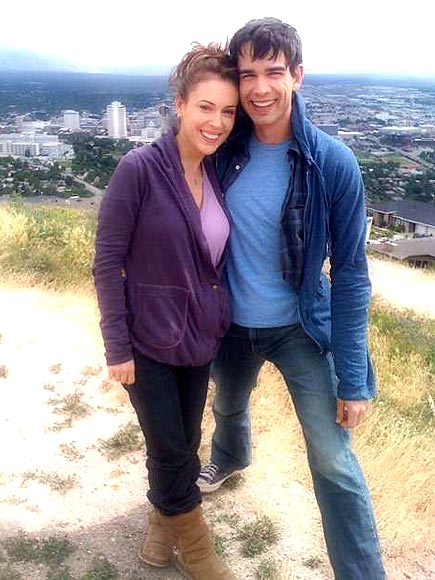 ALYSSA & CHRIS photo | Alyssa Milano, Christopher Gorham