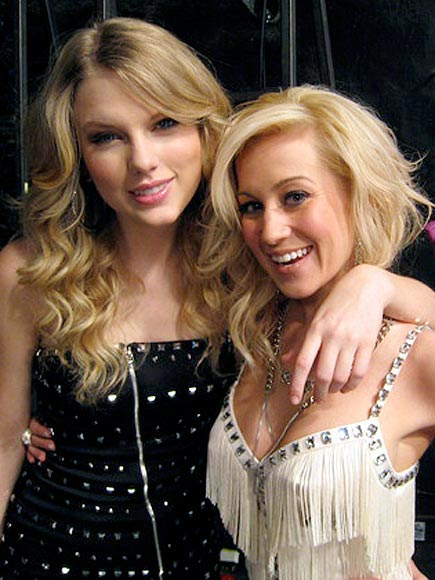 KELLIE & TAYLOR photo | Kellie Pickler, Taylor Swift