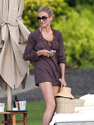 HAWAII photo | Cameron Diaz