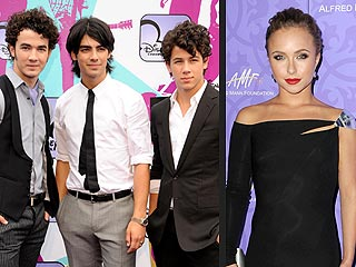 Jonas Brothers, Hayden Panettiere to Present at Golden Globes