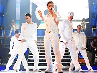 New Kids on the Block Announce Summer Tour Dates| New Kids on the Block, Music News