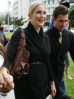 Kelly Rutherford & Estranged Husband Testify in Custody Dispute