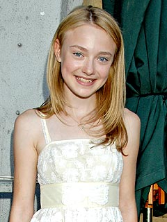Dakota Fanning Calls New Moon Role 'Fantastic'