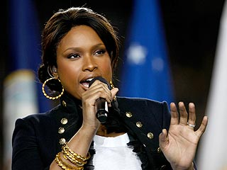 Jennifer Hudson to Sing Surprise Duet at Grammy Party