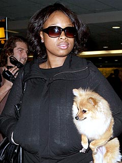 Jennifer Hudson Arrives for Super Bowl