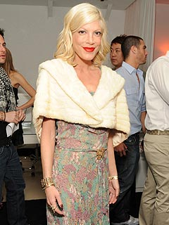 Tori Spelling Not in a Race with Mom Over Her Book