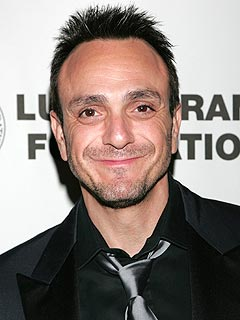 Hank Azaria & Girlfriend Katie Expecting First Child