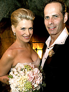 Kristy Swanson and Lloyd Eisler Get Married!