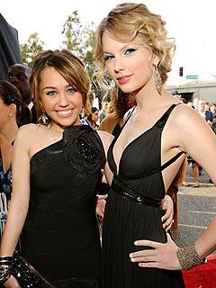 Jennifer Hudson's Emotional Grammy Win & Performance| Grammy Awards 2009, Miley Cyrus, Taylor Swift