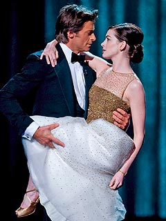 Hugh Jackman's Oscar Advice for Anne Hathaway & James Franco