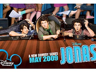 FIRST LOOK: Jonas Brothers' Poster Giveaway