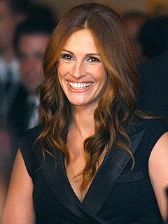 Julia Roberts: Clive Owen Is No George Clooney Prankster