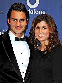 Roger Federer & Girlfriend to Become Parents