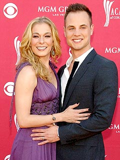 LeAnn Rimes Congratulates Her Ex on His Engagement| Engagements, Dean Sheremet, LeAnn Rimes
