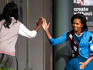 Michelle Obama Wows London Schoolgirls| Good Deeds, Michelle Obama