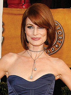 Laura Leighton Returns for CW's New Melrose Place | Laura Leighton