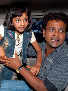 Father Denies Sale of Slumdog Child Star