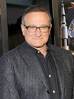 Robin Williams & His New Valve Hit the Red Carpet