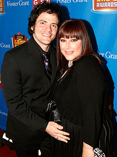 Pregnant Carnie Wilson's Tummy Is Stretched Tight