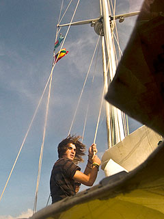 Teen Sailor Nears End of Round-the-World Solo Voyage| Real People Stories