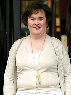 Susan Boyle Steps Out For a Shopping Spree