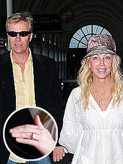 What's With Heather Locklear's Mystery Ring? | Heather Locklear, Jack Wagner