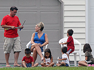 Jon & Kate Gosselin Together for July 4th with Children
