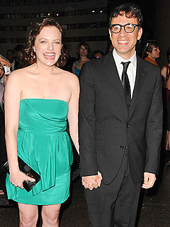 Mad Men's Elisabeth Moss Marries SNL's Fred Armisen | Elisabeth Moss, Fred Armisen